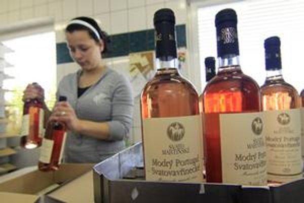 Svätomartinské je mladé víno pochádzajúce z jesenného zberu daného roku. Má nižší obsah alkoholu, 12 %.