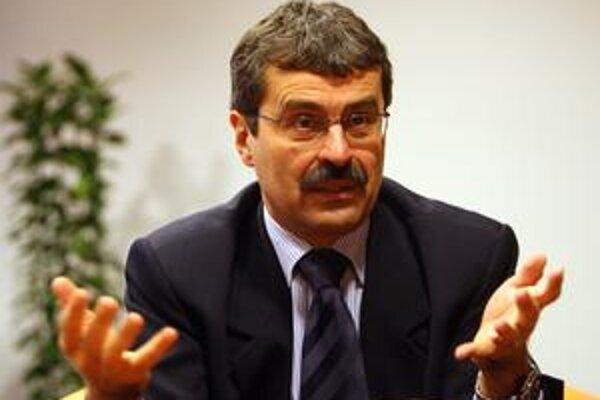 Milan Ftáčnik - primátor bez námestníkov.