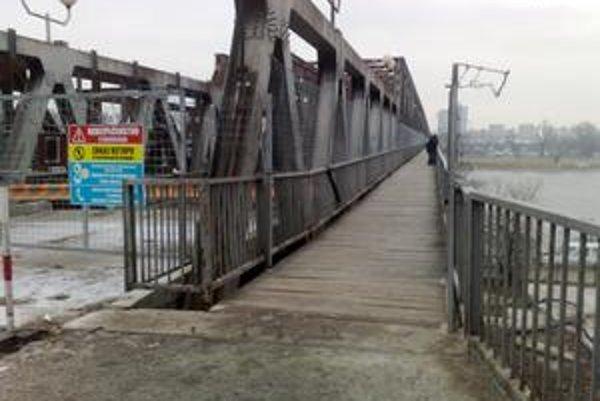 Most už je otvorený pre chodcov.