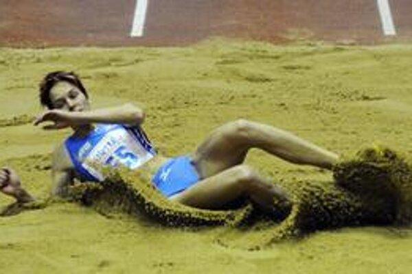 Dana Velďáková, jedna z hviezd halovej sezóny, ktorá bude takmer celá prebiehať v hale Elán.
