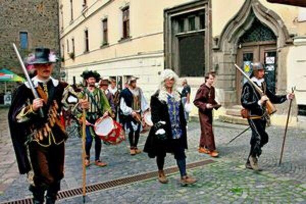 Štefánikovo námestie získa novú podobu.Návštevníkmi žije každoročne najmä počas kultúrneho leta.