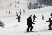 Najbližšie lyžiarske stredisko pri Bratislave je Baba.