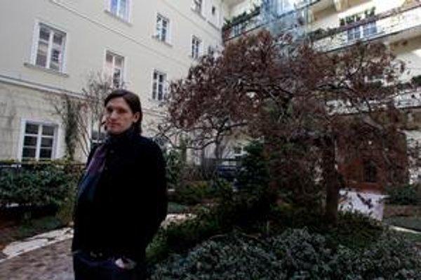 Maroš Mačuha, výkonný riaditeľ občianskeho združenia Bratislavský okrášľovací spolok, ktorý sídli v priestoroch Paláca Motešických v centre mesta. Členom spolku je aj investor obnovy paláca.