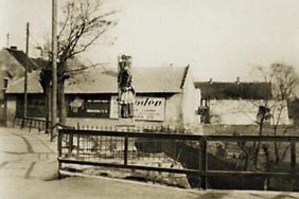 Vyústenie Žižkovej ulice nad dnešným tunelom, okolo roku 1935.