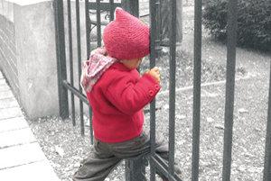 Ešte donedávna sa v parku na Uršulínskej zvykli hrávať deti.