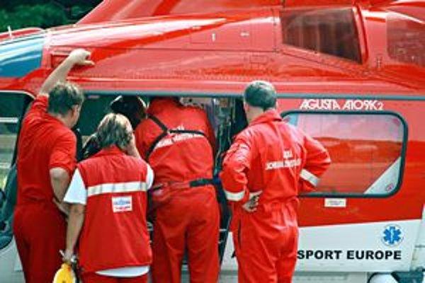 K ranenému mužovi poslali leteckých záchranárov.