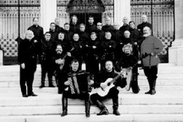 Veľký zbor donských kozákovVeľký zbor donských kozákov prichádza po prvýkrát do Bratislavy. Vystúpi na dvoch koncertoch. Prvý - chrámový koncert Svjatyj Bože, na ktorom odznejú pravoslávne duchovné piesne a ruské a ukrajinské ľudové piesne, bude v utorok