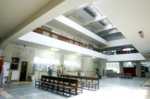 Za budovu polikliniky na Bezručovej spoločnosť Trajekt ponúkla fakultnej nemocnici vyše 320 miliónov.
