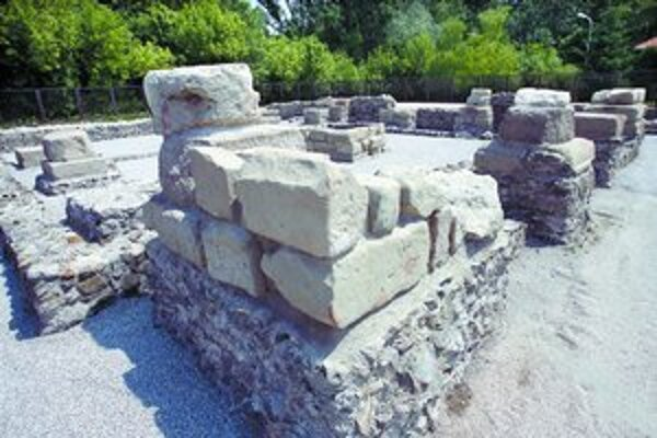 Gerulatu objavili v 60. rokoch pri rekonštrukciách zadunajských hrádzí.