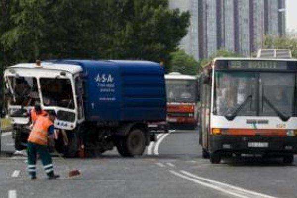 Havária v Petržalke.