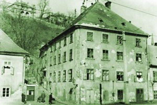 Žižkova ulica č. 2 v roku 1961.