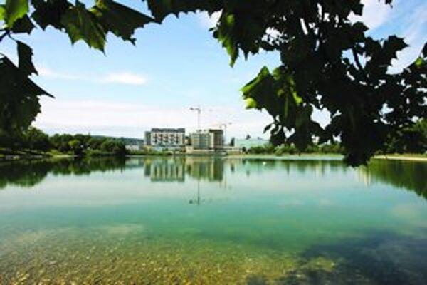 Zmluva medzi bratislavskou mestskou časťou Ružinov a Fakultou architektúry STU v Bratislave by sa mala uzatvoriť na dva roky.