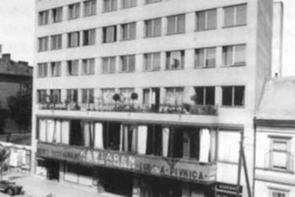 So zväzáckymi predpoludniami v Tatra revue mali funkcionári starosti. Smrdelo to tam západnou buržoáznou kultúrou.