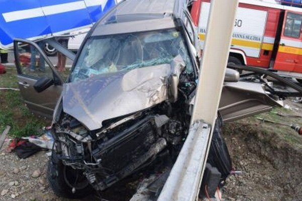 Nehoda sa stala včera krátko pred šiestou večer.