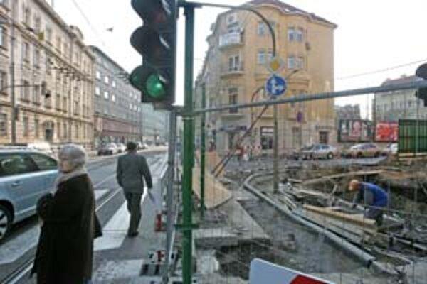 Na Špitálskej sa bude stavať, obmedzenie potrvá do polovice mesiaca.