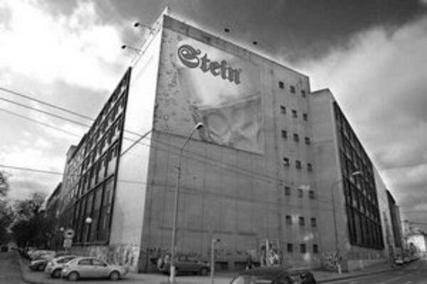 Z Blumentálskej ulice sa má pivovar Stein presťahovať, na jeho mieste by mal vyrásť polyfunkčný obytný komplex.