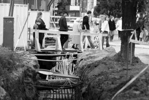 Jednou z najväčších investícií v meste bola vlani rekonštrukcia inžinierskych sietí na Miletičovej ulici.