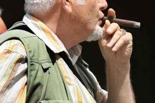 Fajčiari sa neobmedzovali ani počas Svetového dňa bez tabaku.