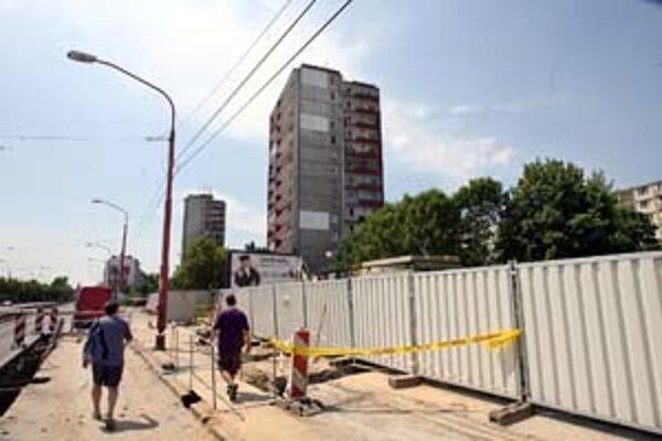 Firma Zipp má povolenie na stavbu 26-podlažného obytného domu ešte spred dvoch rokov.