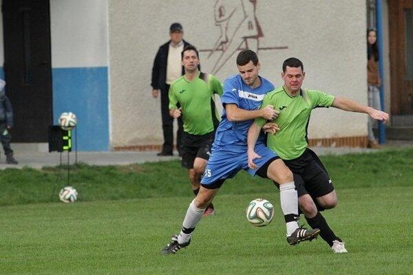 Momentka z derby zápasu Lovča - Repište.