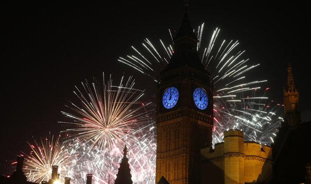 Novoročné oslavy v Londýne v roku 2016.