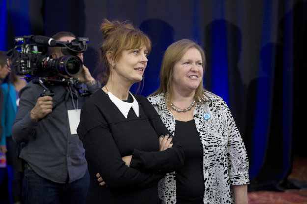 Sandersa podporuje herečka Susan Sarandon.