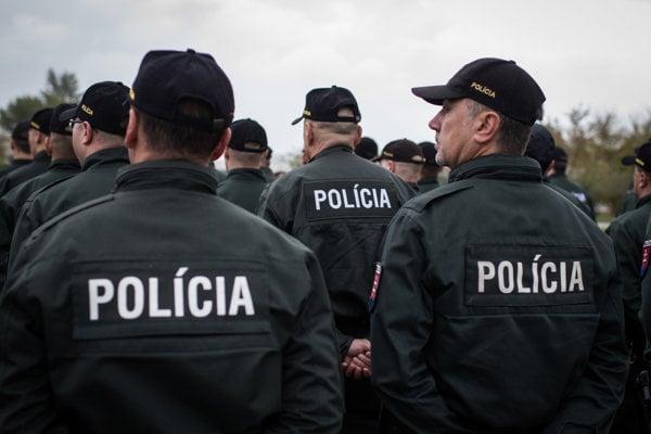 Každoročné hodnotenie policajtov zaviedol ešte Jaroslav Spišiak. Časom by policajti mali pocítiť zlé ohodnotenie aj na kariérnom raste.