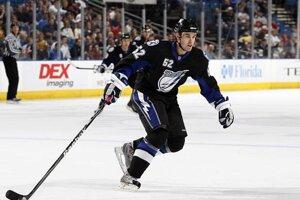 Smoleňák v pár dueloch dokonca zažil atmosféru NHL.