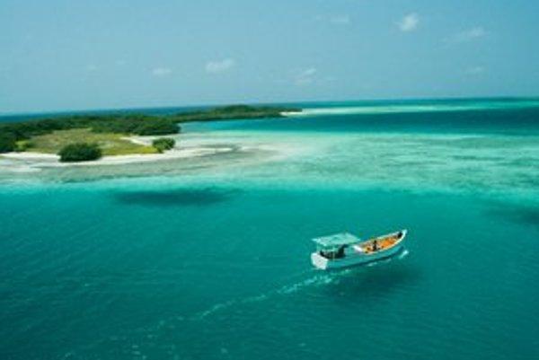 Cookove ostrovy profitujú najmä z turizmu.