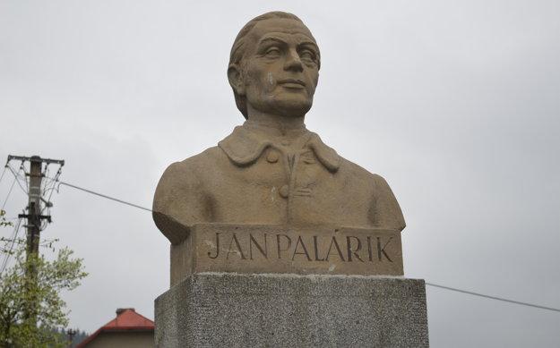 Busta Jána Palárika v Rakovej.