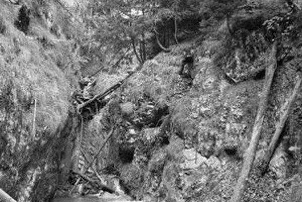 Barikádový vodopád v rokline Kyseľ.