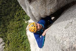Martin Krasňanský si na lezenie vyberá hladké skaly, po ktorých by sa nevyšplhal ani Spiderman.