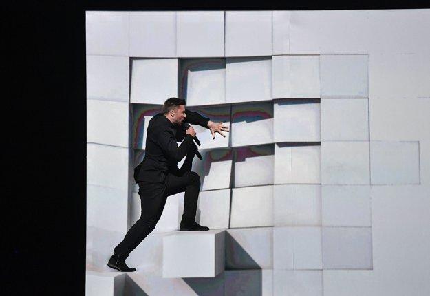 Na vrchol nevkusu tohtoročnej Eurovízie sa vyštveral ruský súťažiaci.