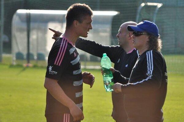 Súperi Trenčianskych Teplíc si posledné tri góly strelili sami.