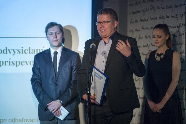 Autorom najlepšieho regionálne publikovaného alebo odvysielaného príspevku je Tomáš Holúbek.