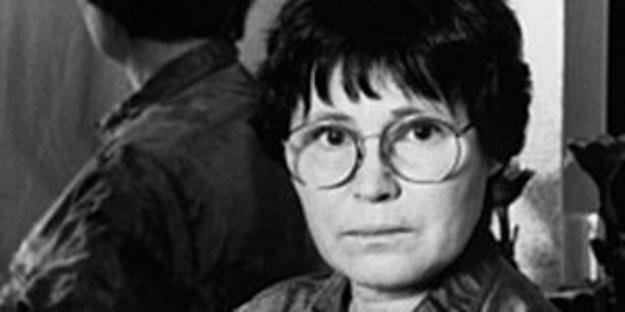 Agota Kristof - Oceňovaná švajčiarska spisovateľka maďarského pôvodu. Prvá časť jej trilógie Veľký zošit bola sfilmovaná.