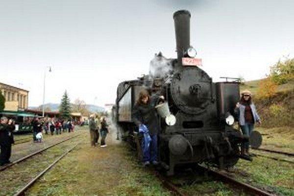 Parná lokomotíva z čias Rakúsko - Uhorska.