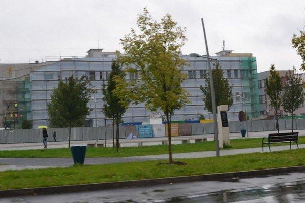 V Lučenci bude čoskoro otvorené nové nákupné centrum.