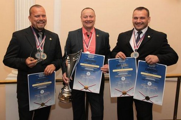 Zľava: Peter Melicher, Jaroslav Bystriansky, Peter Karásek.