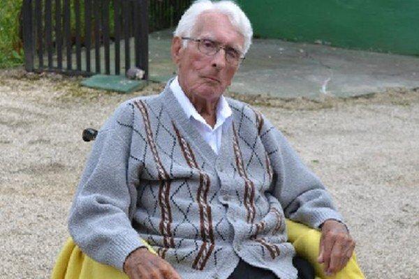 Rastislav Špaňhel počas Slovenského národného povstania pracoval v Slobodnom slovenskom vysielači ako technik, neskôr robil spojku partizánom.