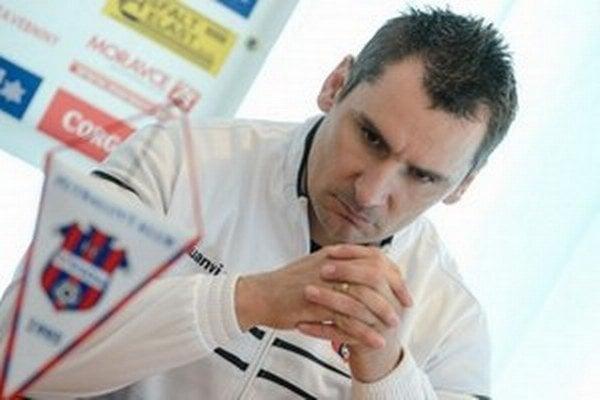Tréner Branislav Mráz.