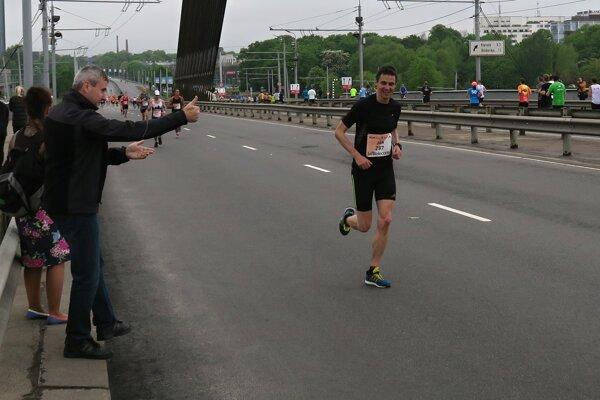 Ján Raclavský si v Lotyšsku urobil osobný rekord.