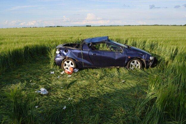 Opel Tigra po nehode.