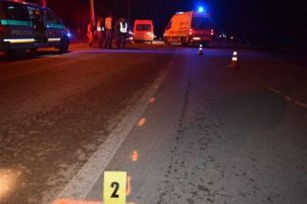 Tragická dopravná nehoda, pri ktorej vyhasol život len 14-ročného chodca sa stala v piatok 23. októbra o 21.30 hodine v katastri obce Nová Bystrica.