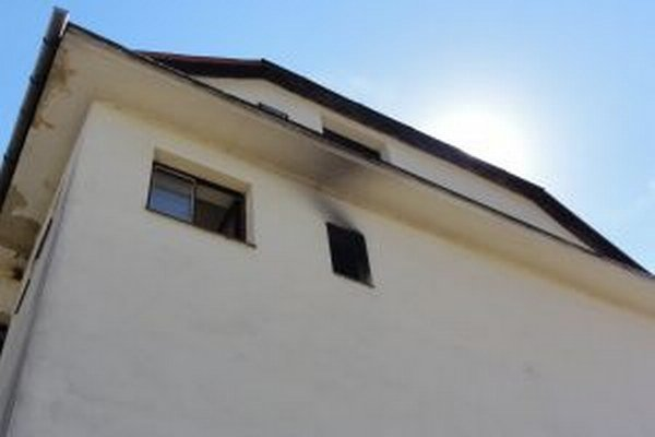Pri požiari Kultúrneho domu v Oščadnici zomrela jedna osoba.