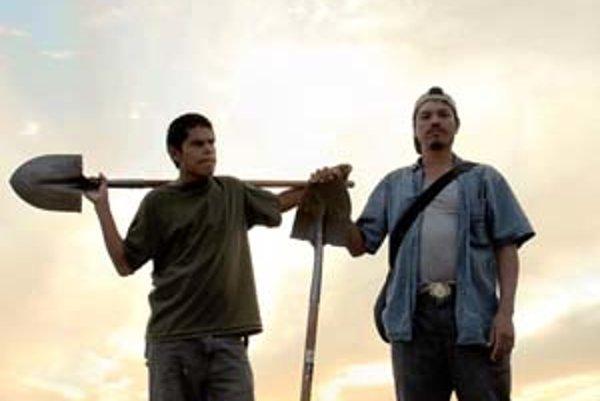 Záber z filmu Bastardi, ktorý získal cenu za najlepšiu réžiu.
