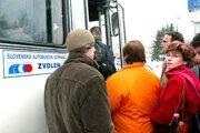 Do horehronských obcí jazdia autobusy SAD Zvolen. Dopravné spojenie je obnovené na 80 percent.