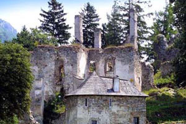 Majetky Révayovcov spustli, za pôdu ich napokon štát vyplatí.