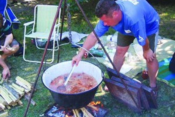 Rybací piknik bude už túto sobotu. Najzaujímavejšie recepty z neho budú v receptári Nitrianskeho kraja.