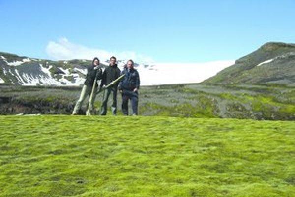 Levičan Roman Gažo vytyčoval chodník na Islande.